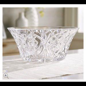 """Waterford Crystal Ah Chara Failte 10"""" Bowl"""